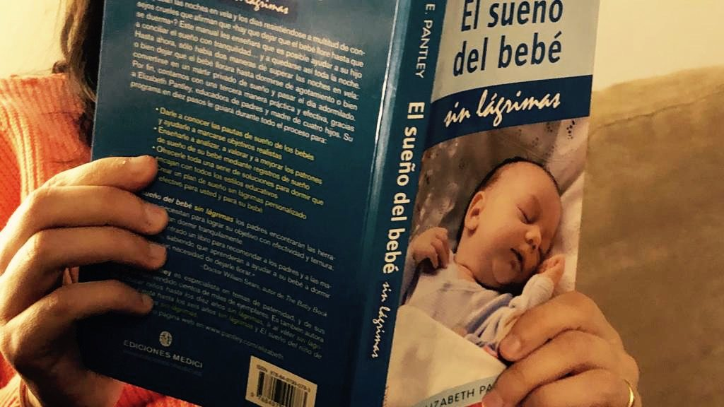 Dormir nadó llibre